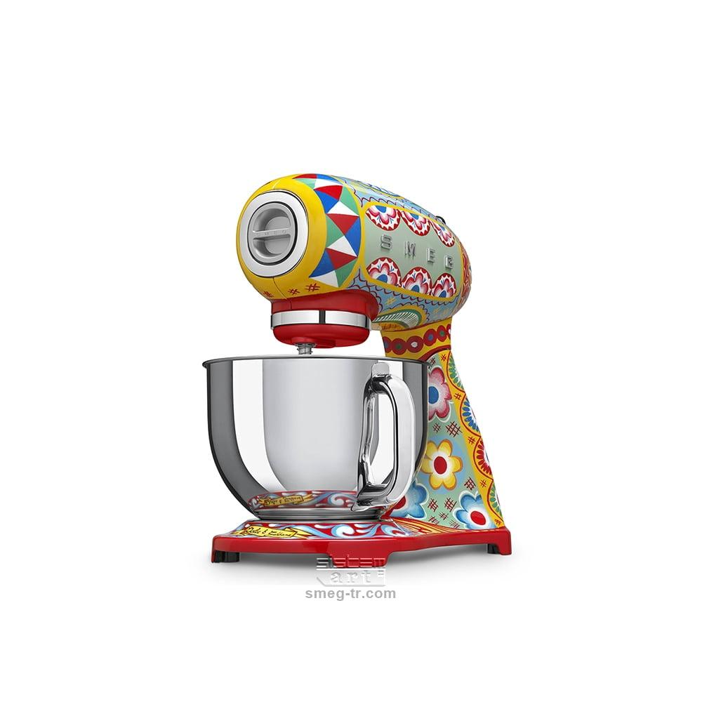 Dolce & Gabbana Hamur Karıştırma (Stand Mixer) SMF03DGEU - Smeg-TR (212)  324 80 80 - (216) 540 77 77